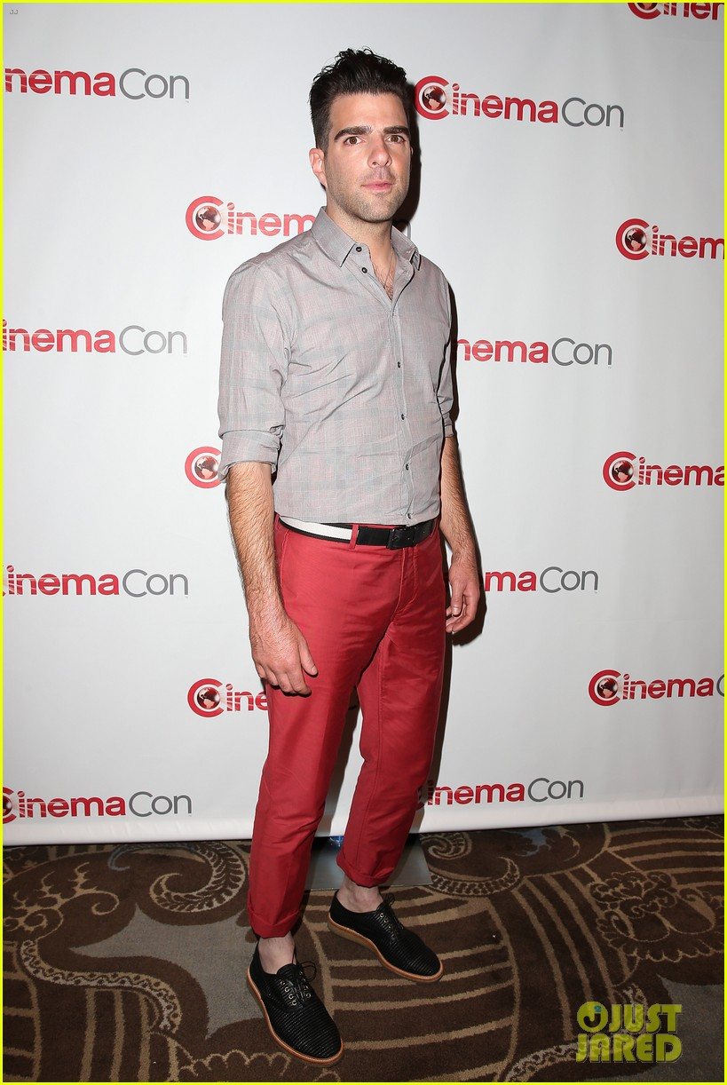 chris pine zachary quinto star trek at cinemacon 2013 252851192