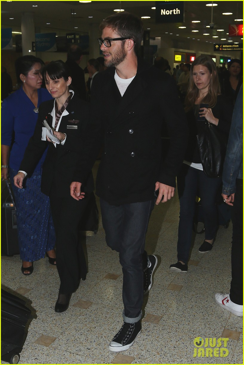 chris pine from los angeles to sydney 07