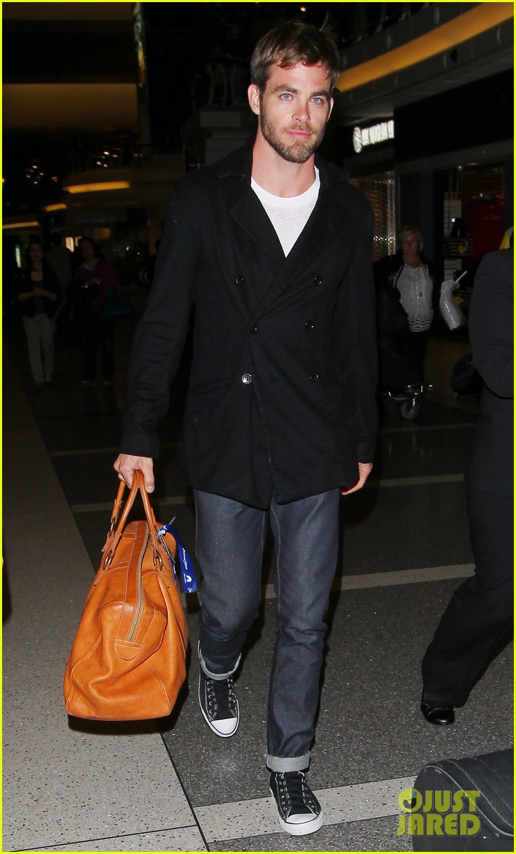 chris pine from los angeles to sydney 112855458