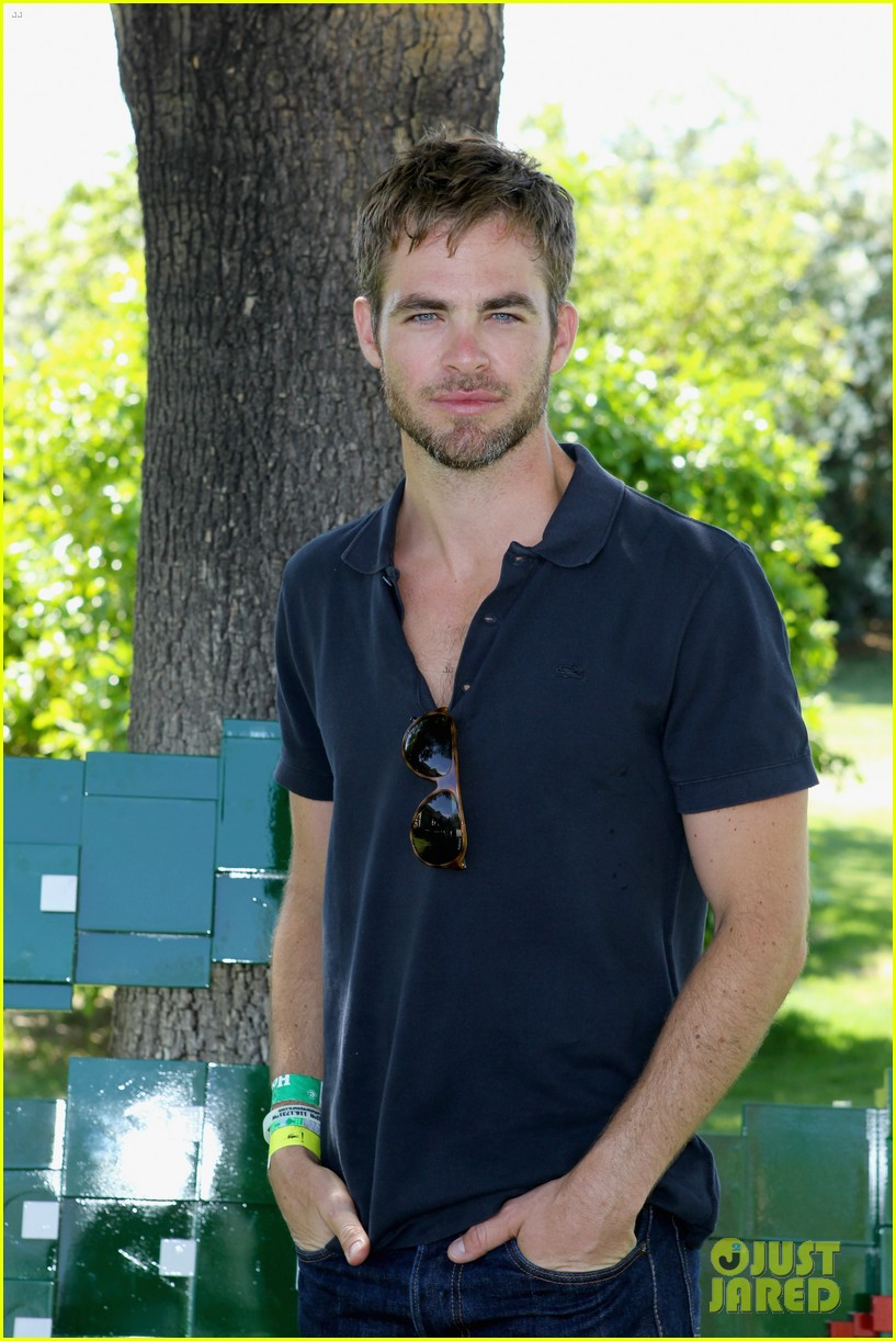 chris pine alessandra ambrosio lacoste live pool party 022849244