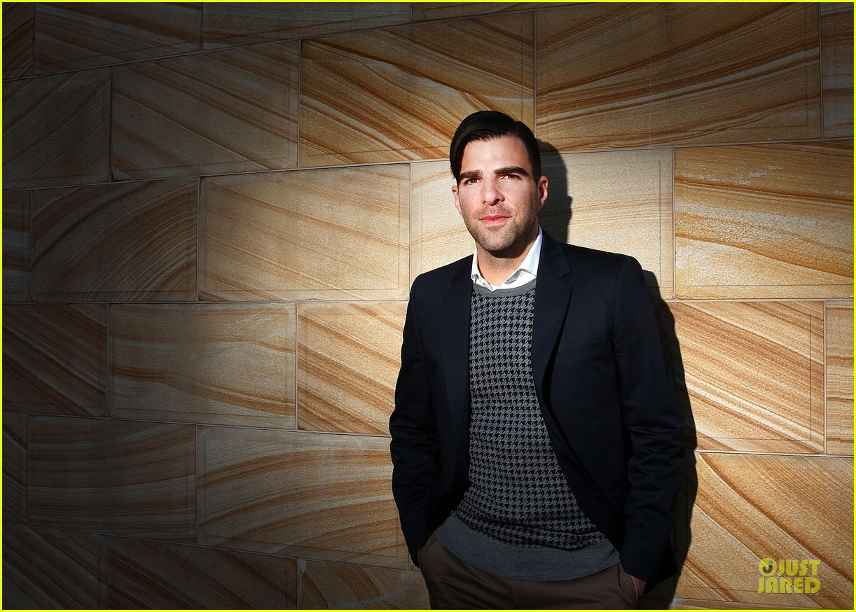 chris pine zachary quinto star trek into darkness sydney portrait session 04