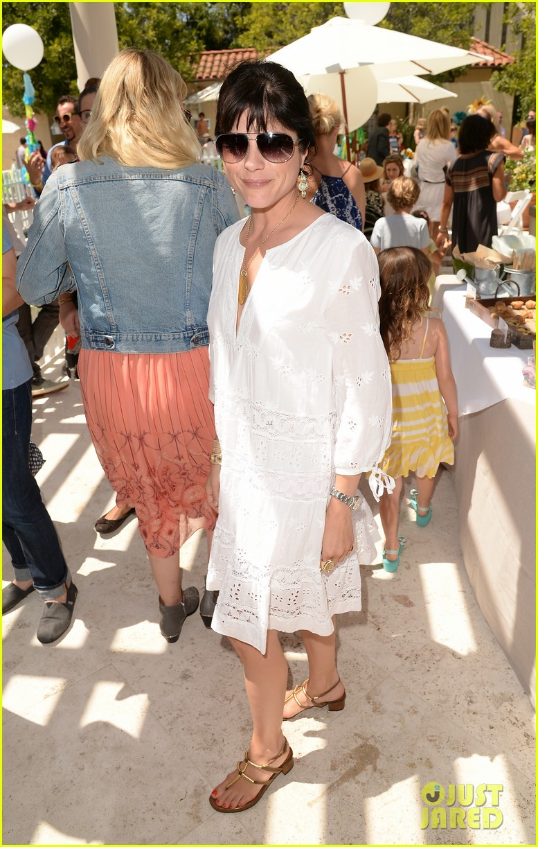 ellen pompeo eric dane mothers day garden party 152859760