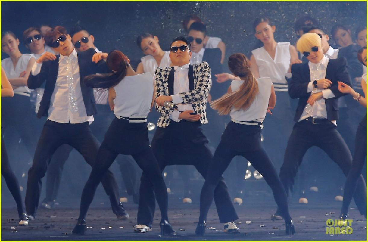 psy gentleman music video watch now 032848789