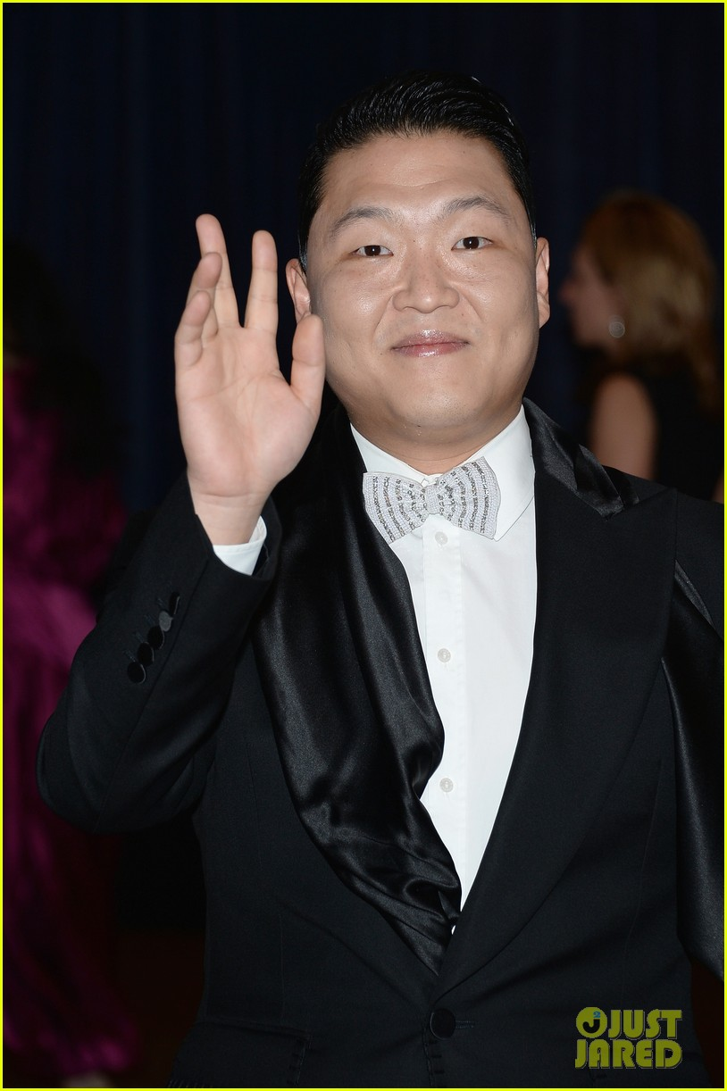 psy white house correspondents dinner 2013 07
