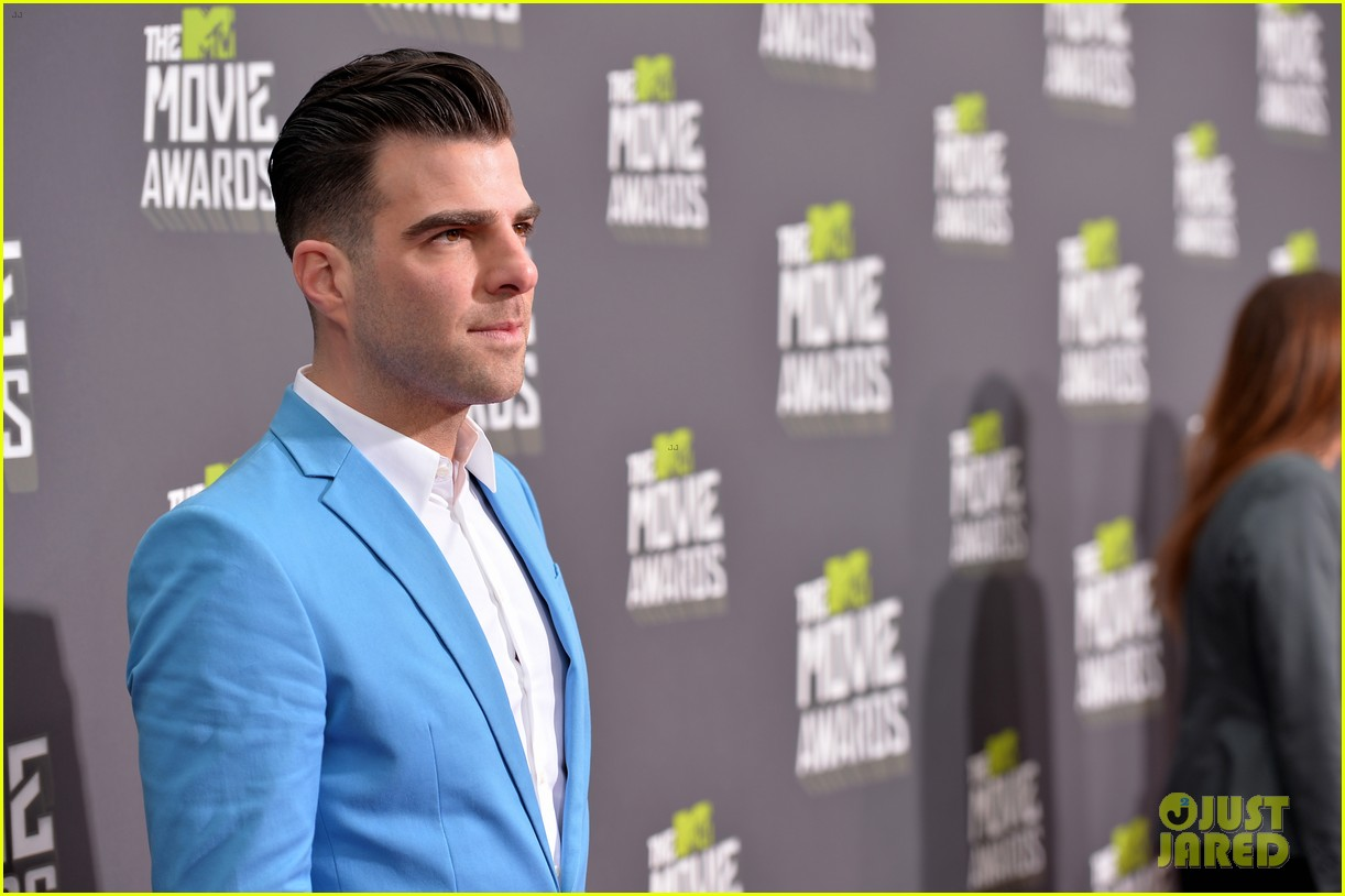 zachary quinto mtv movie awards 2013 red carpet 032850057