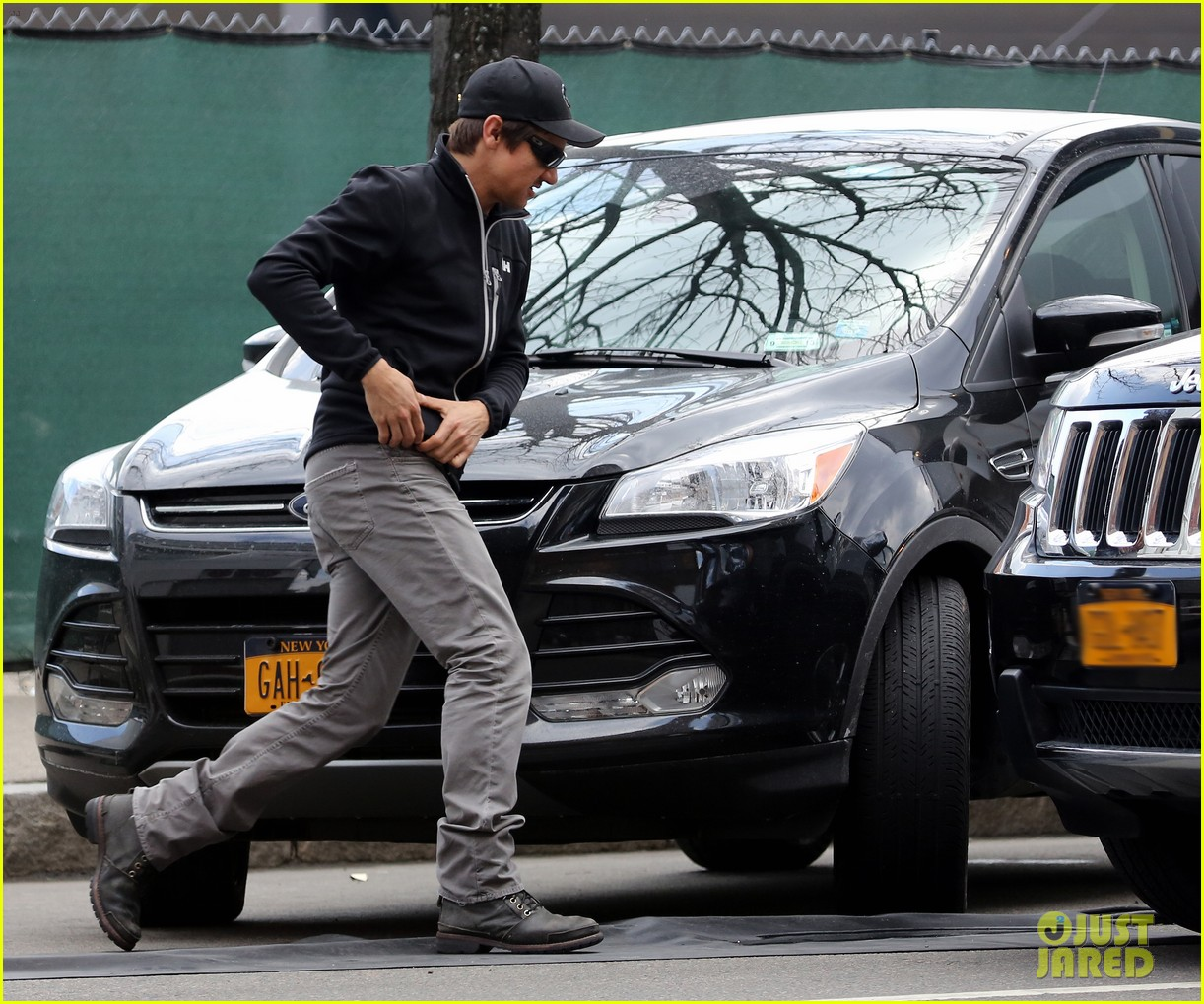 jeremy renner david o russellabscam project set exit 052841923