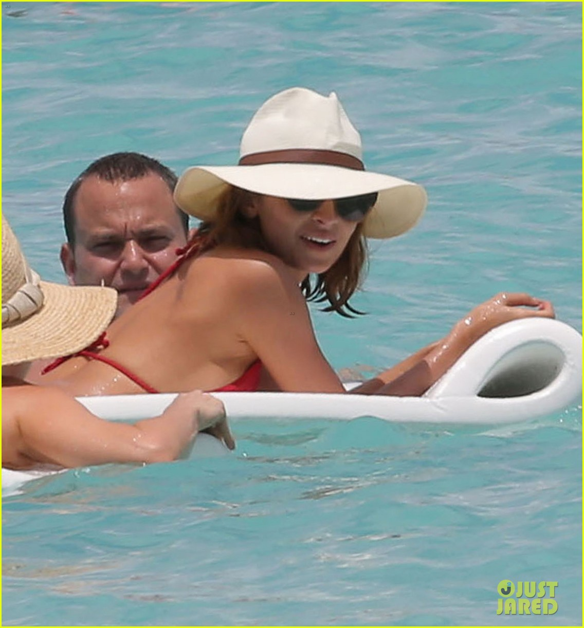 nicole richie lounging bikini beauty 022844970