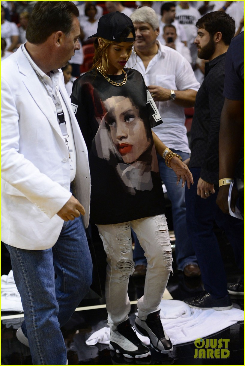 Rihanna Miami Heat Game Night Photo 2855479 Melissa