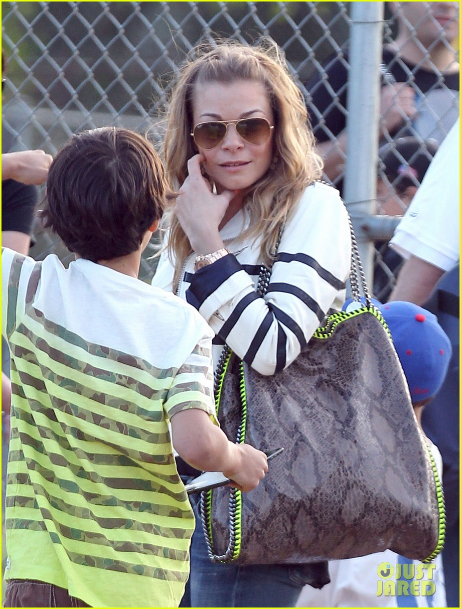 leann rimes jakes baseball game with mason 202843632