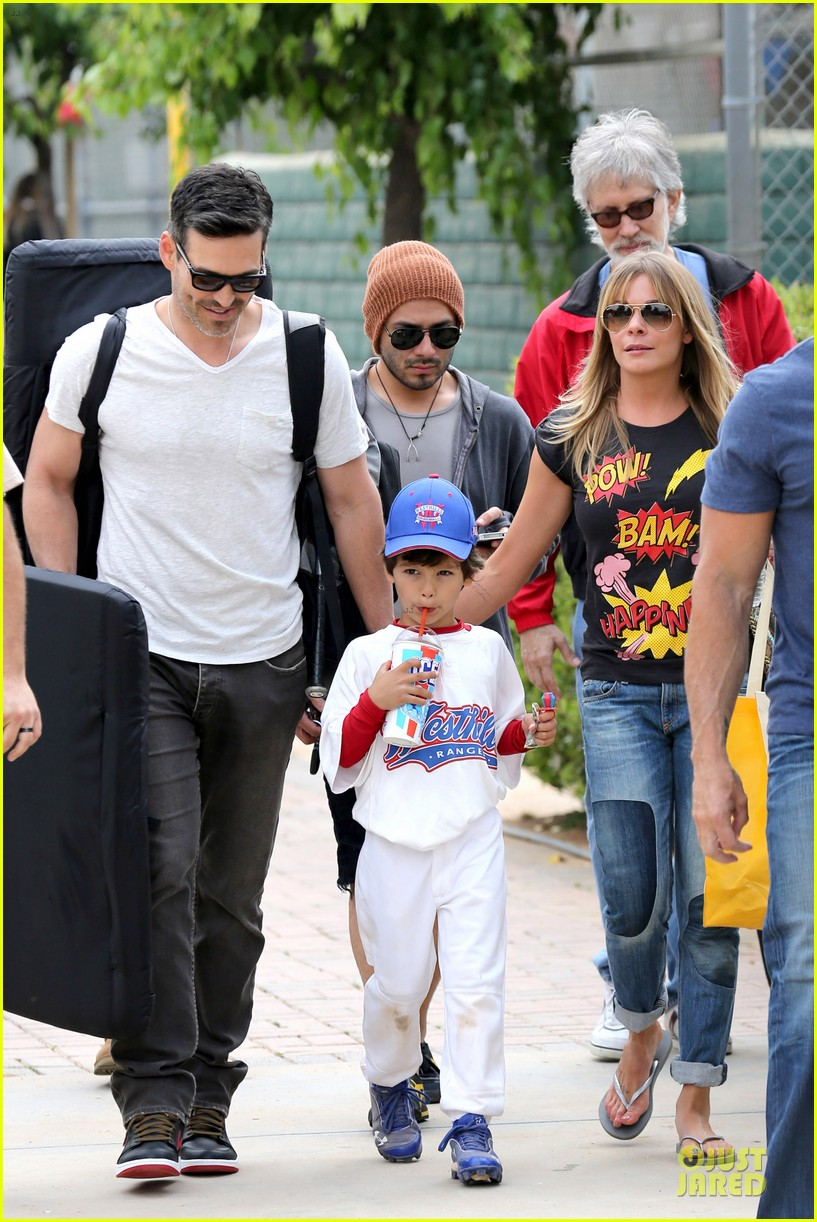 leann rimes eddie cibrian jake baseball game before birthday party 012849569