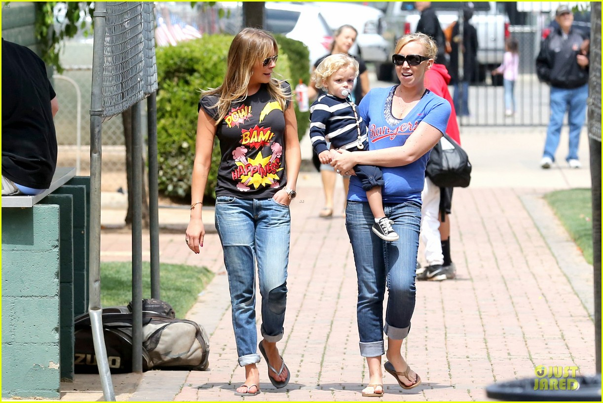 leann rimes eddie cibrian jake baseball game before birthday party 172849585