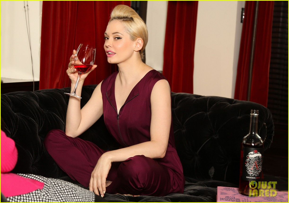 rose mcgowan apothic rose launch in nyc 082857882