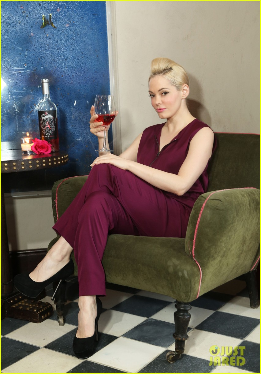 rose mcgowan apothic rose launch in nyc 142857888