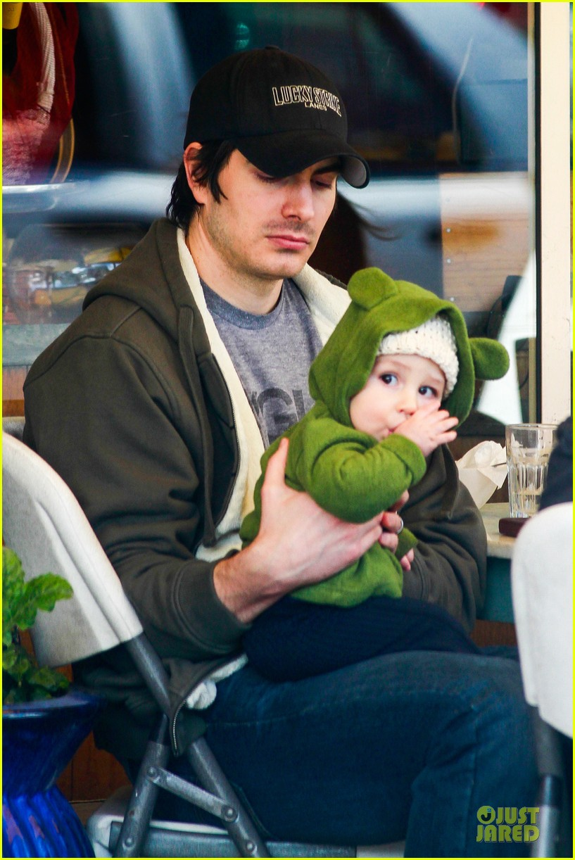 Brandon Ford Service >> Brandon Routh: Lunch with Baby Boy Leo!: Photo 2851558 ...