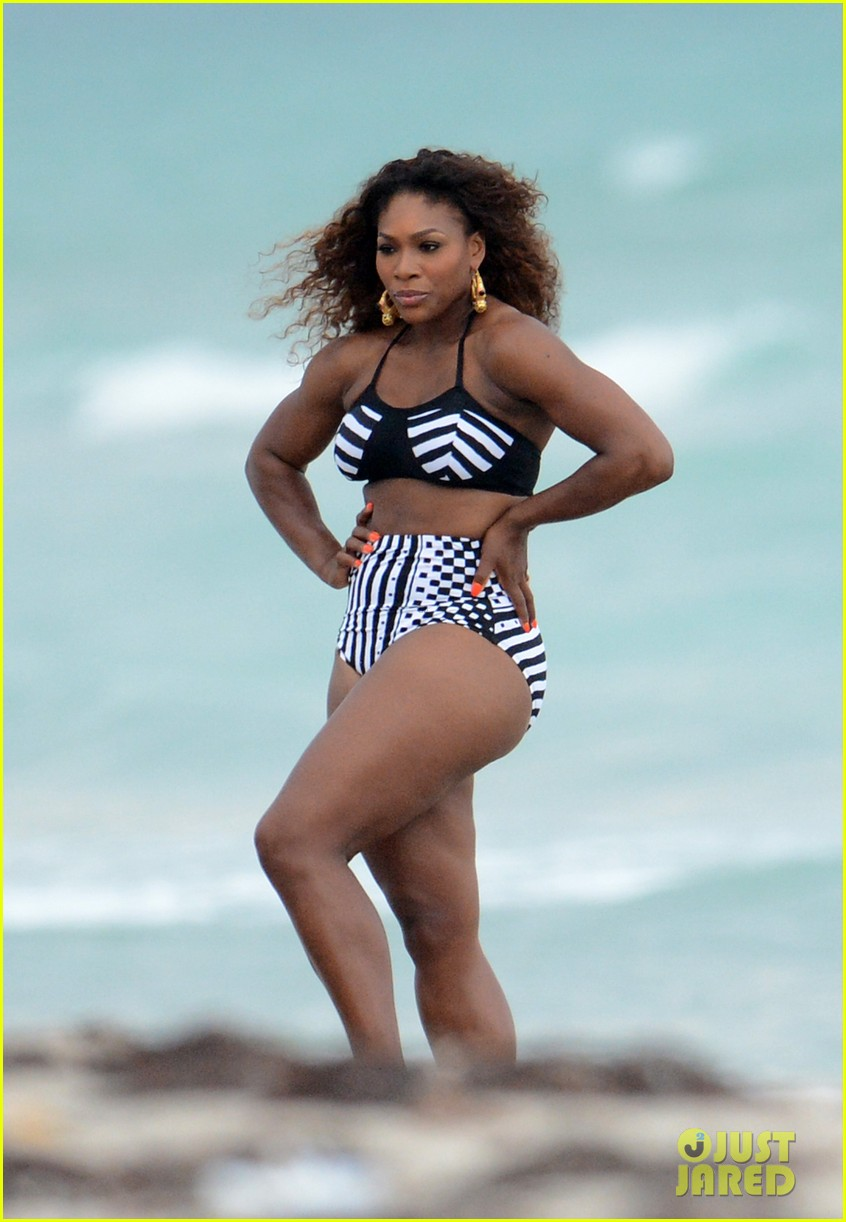 serena williams bikini beach photo shoot 09