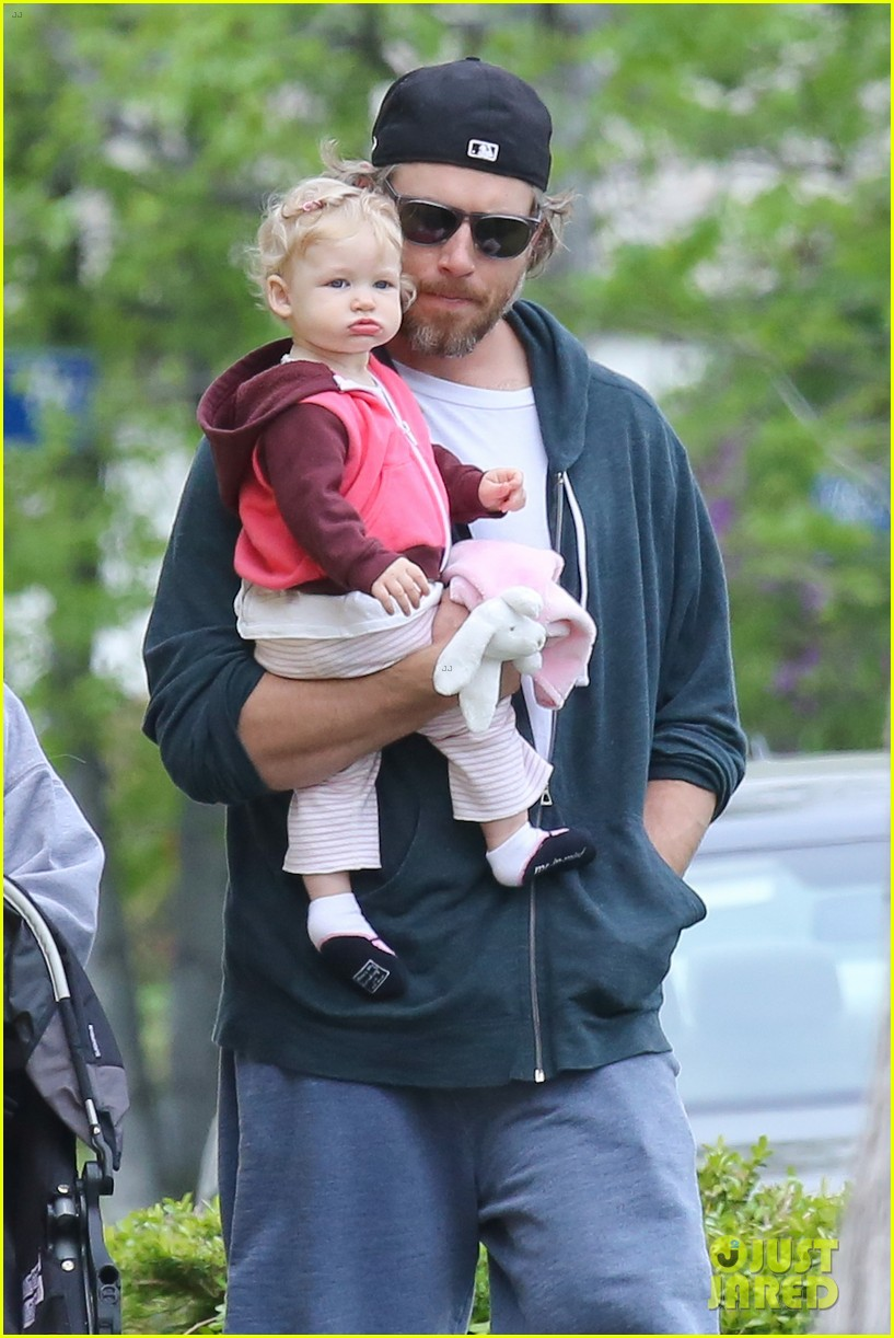 jessica simpson eric johnson eater outing with maxwell 12