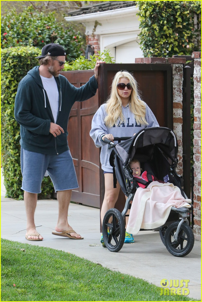 jessica simpson eric johnson eater outing with maxwell 152841232