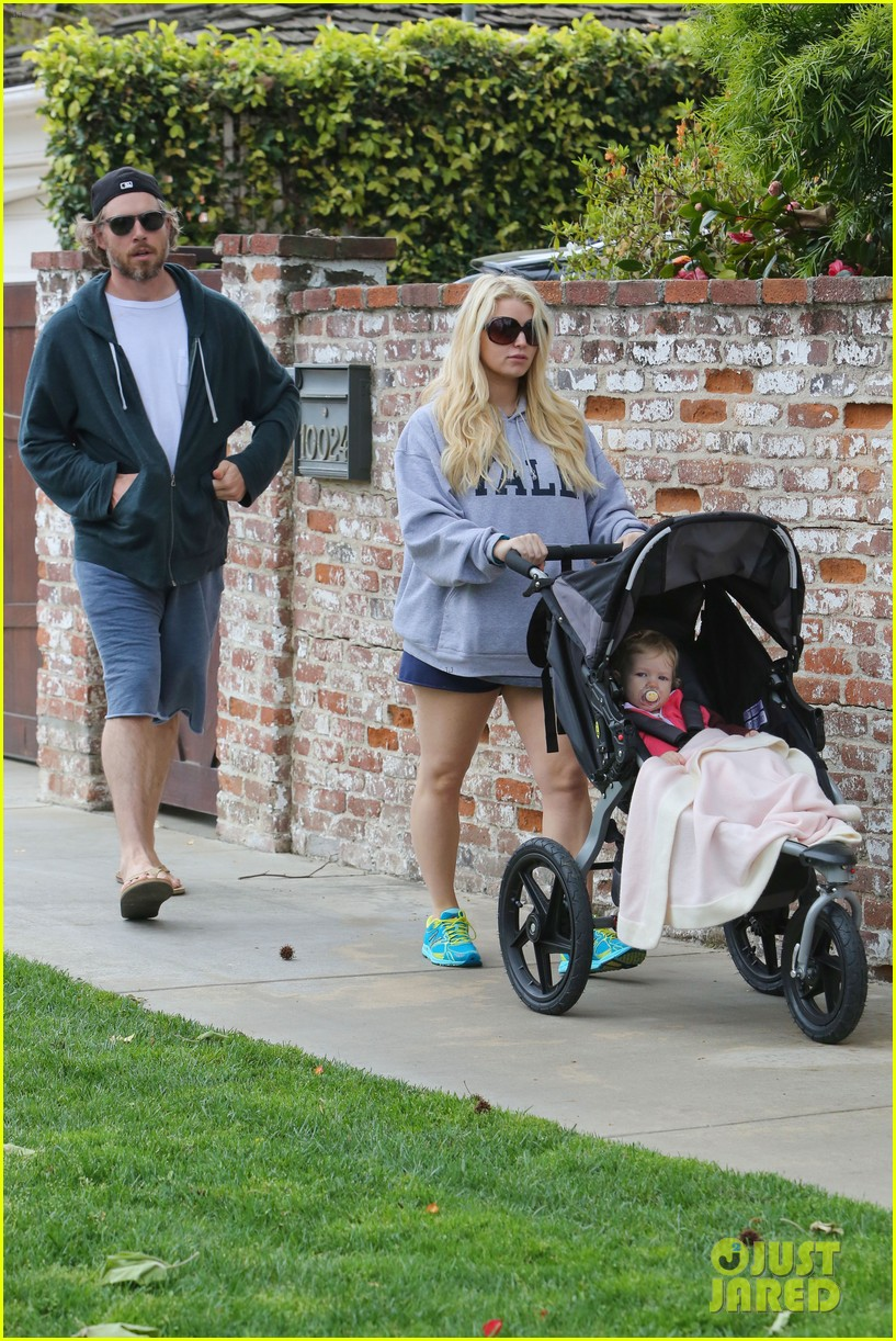 jessica simpson eric johnson eater outing with maxwell 192841236
