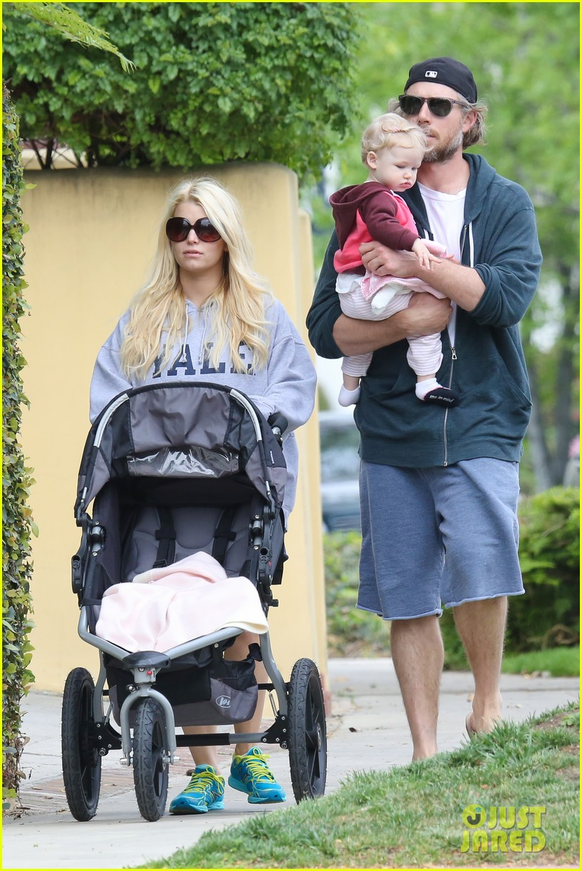 jessica simpson eric johnson eater outing with maxwell 272841244