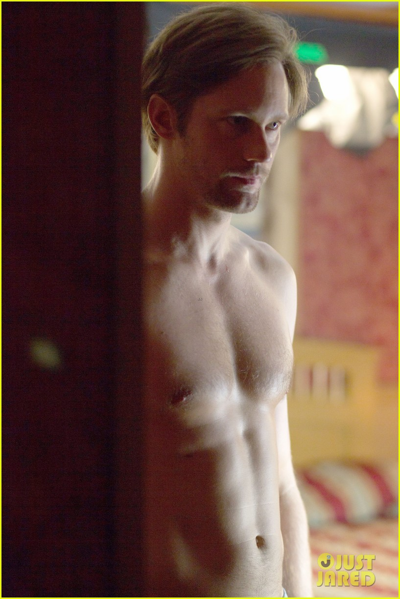 alexander skarsgard shirtless in new disconnect still 032844559