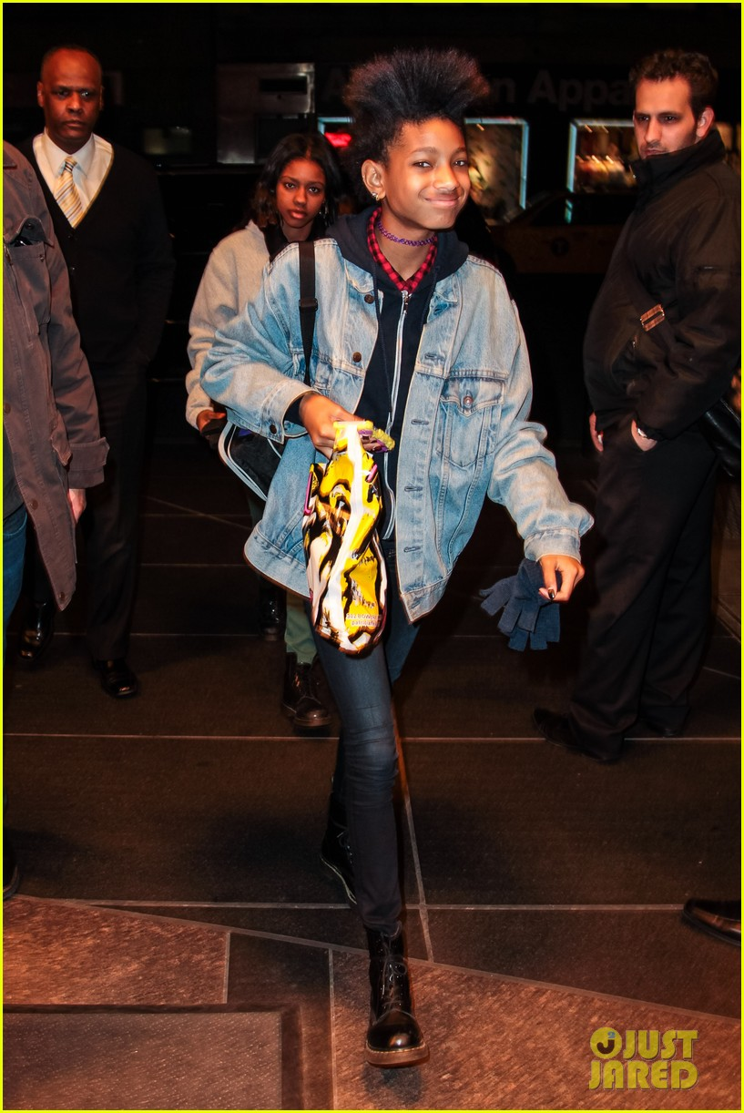 willow smith new york city shopping spree 052843740