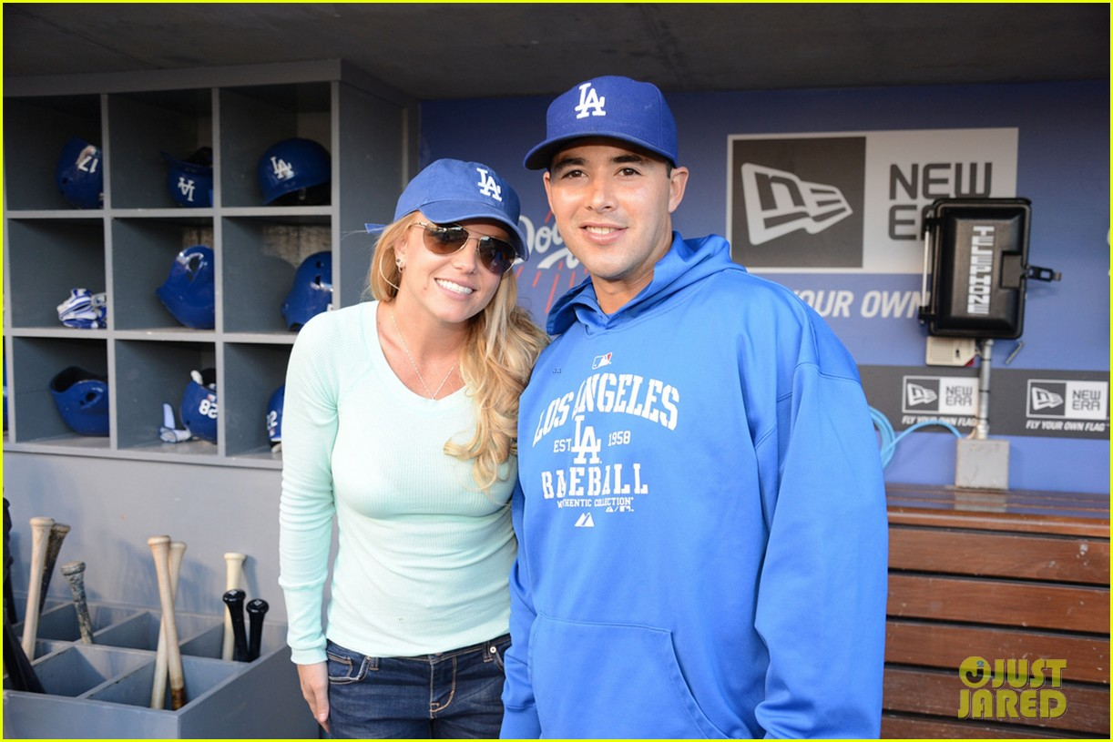 britney spears dodgers game with the boys 082853012