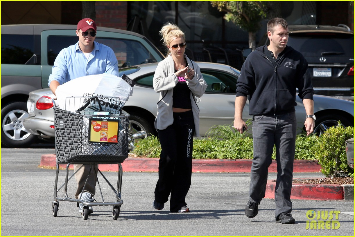 britney spears david lucado breakfast shopping duo 092858063