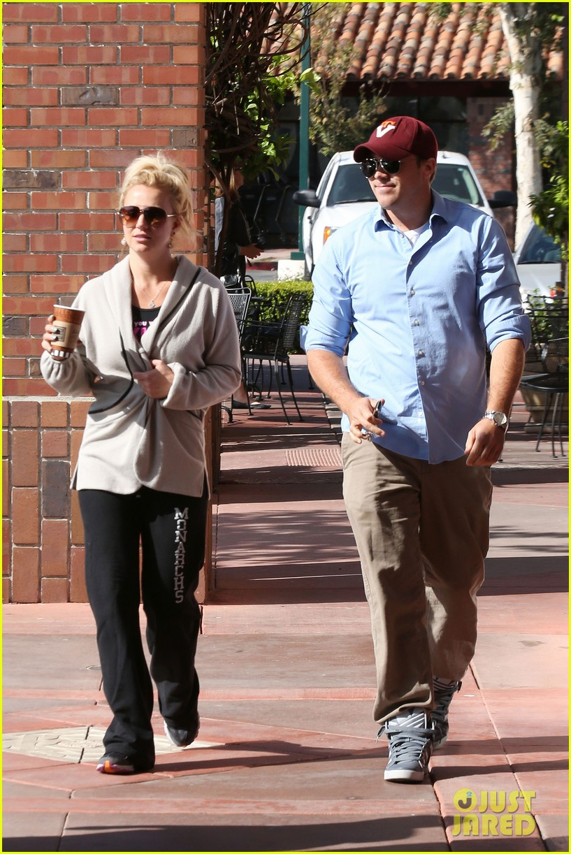 britney spears david lucado breakfast shopping duo 142858068