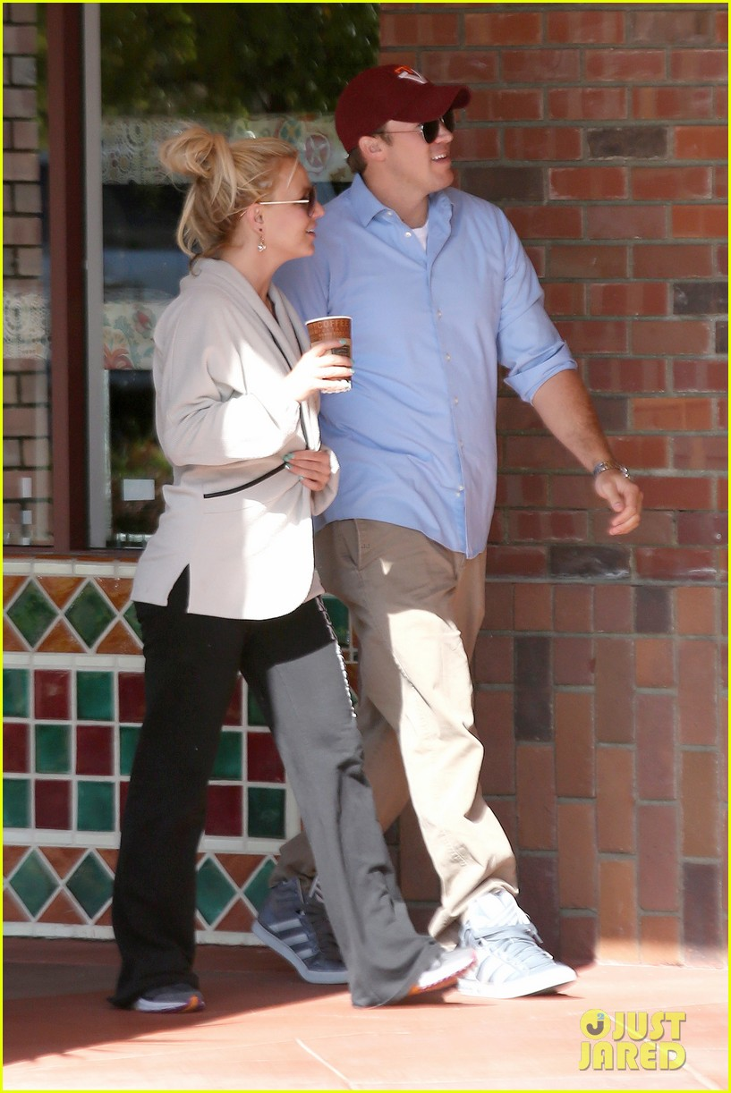 britney spears david lucado breakfast shopping duo 172858071