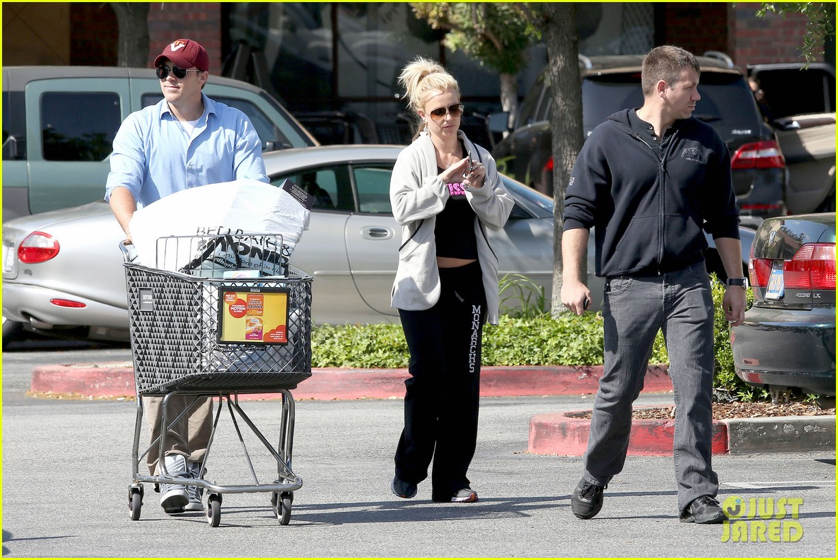britney spears david lucado breakfast shopping duo 292858083