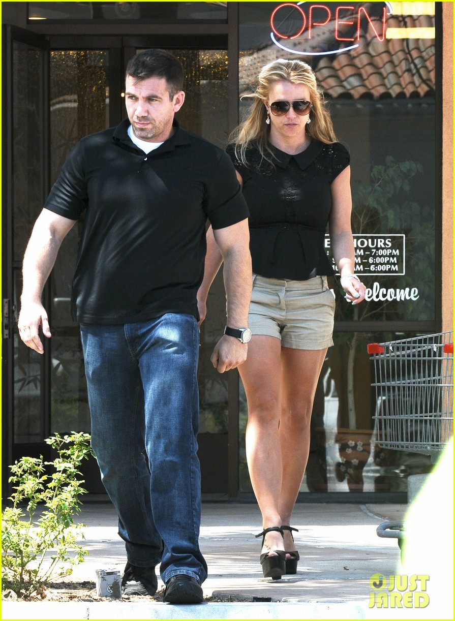 britney spears nails soccer sunday 252855166