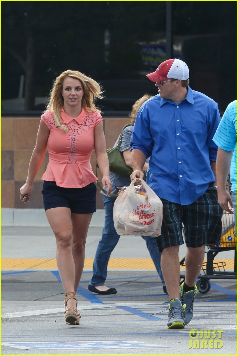 britney spears david lucado saturday ralphs run 142849525
