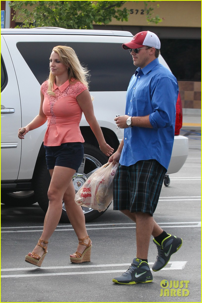 britney spears david lucado saturday ralphs run 162849527