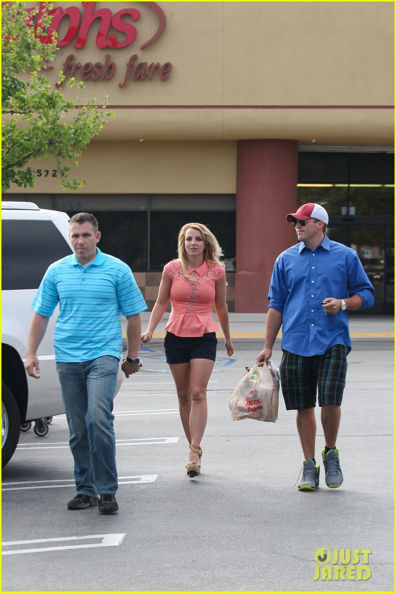 britney spears david lucado saturday ralphs run 192849530