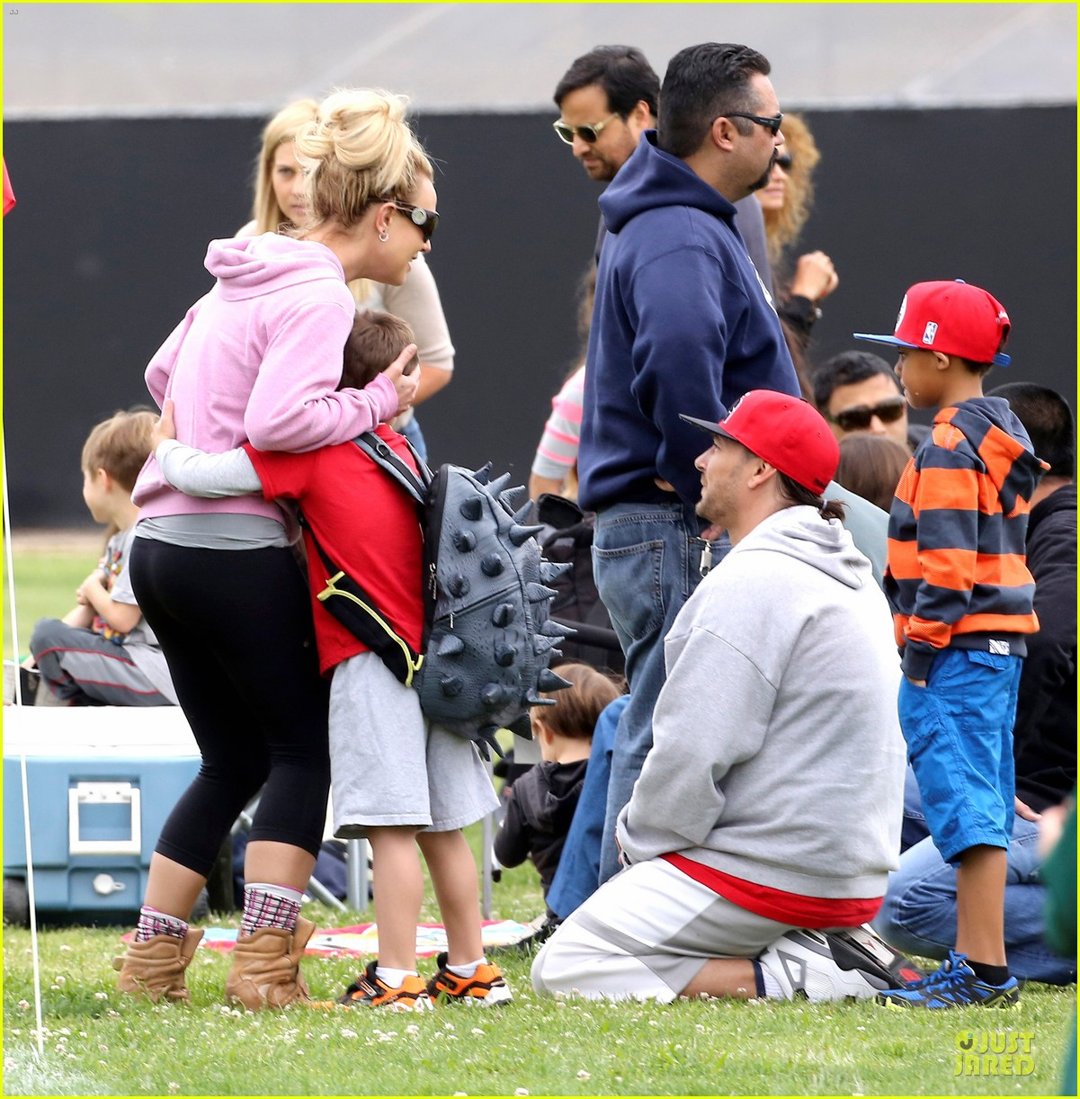 britney spears kevin federline boys sunday soccer game 04