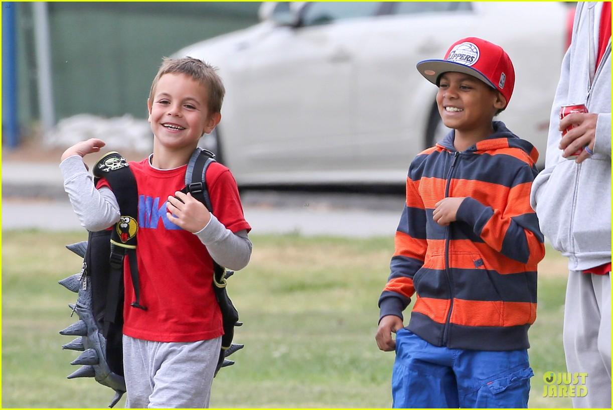 britney spears kevin federline boys sunday soccer game 212849866