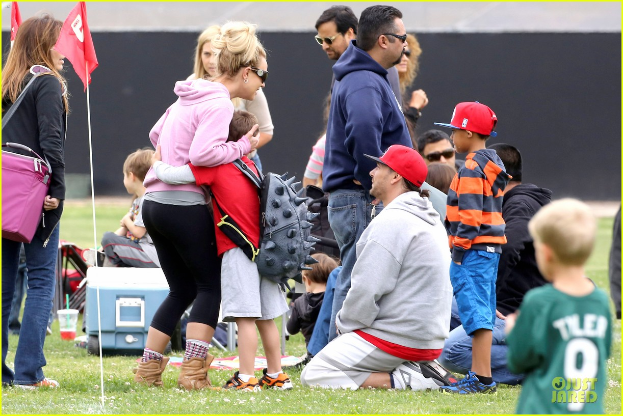 britney spears kevin federline boys sunday soccer game 222849867
