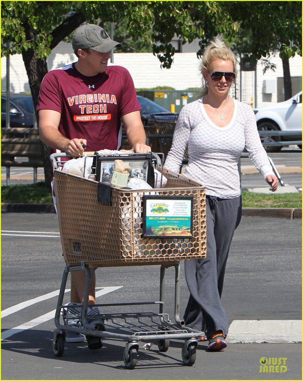 britney spears vons grocery shopping 032855913