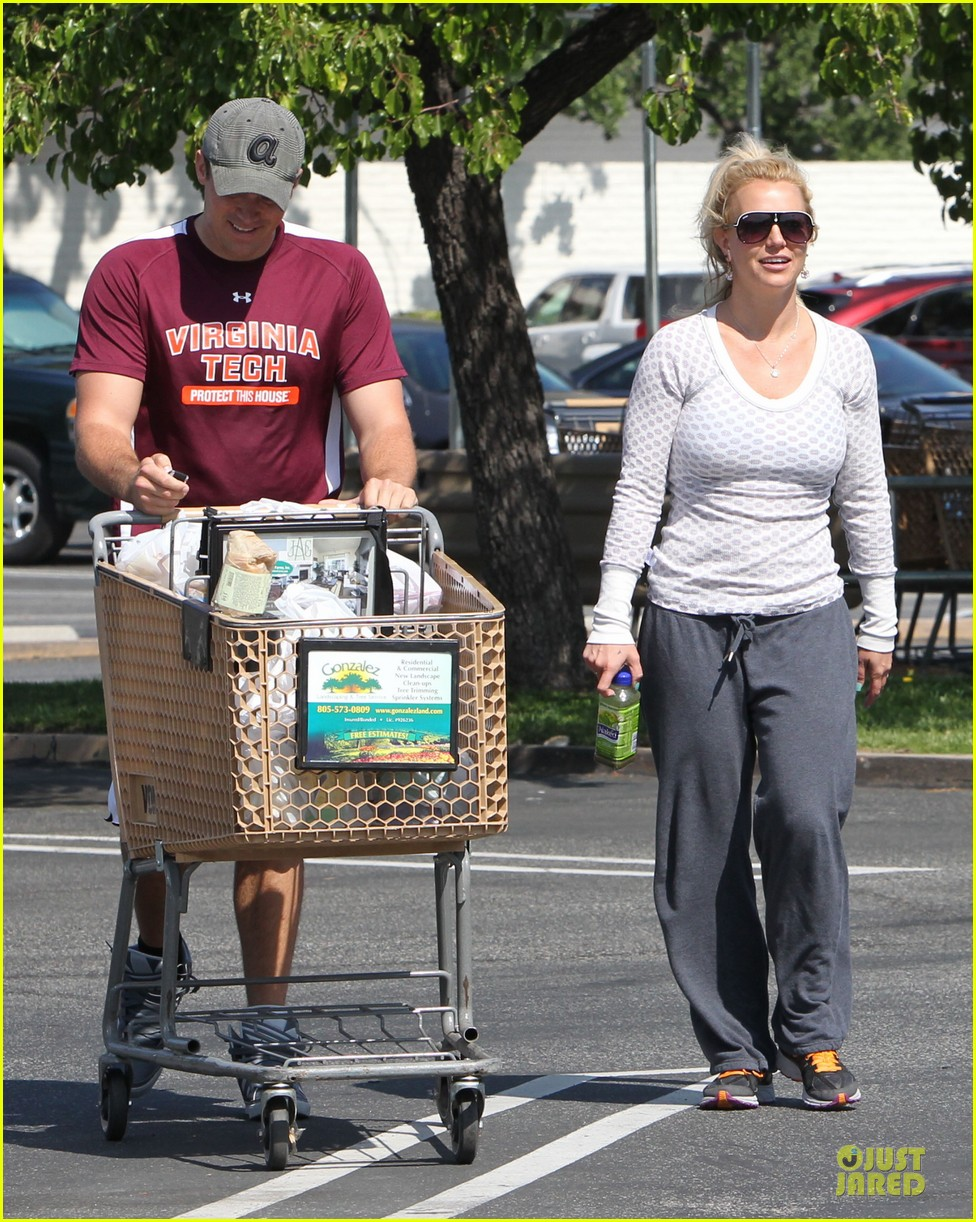 britney spears vons grocery shopping 112855921