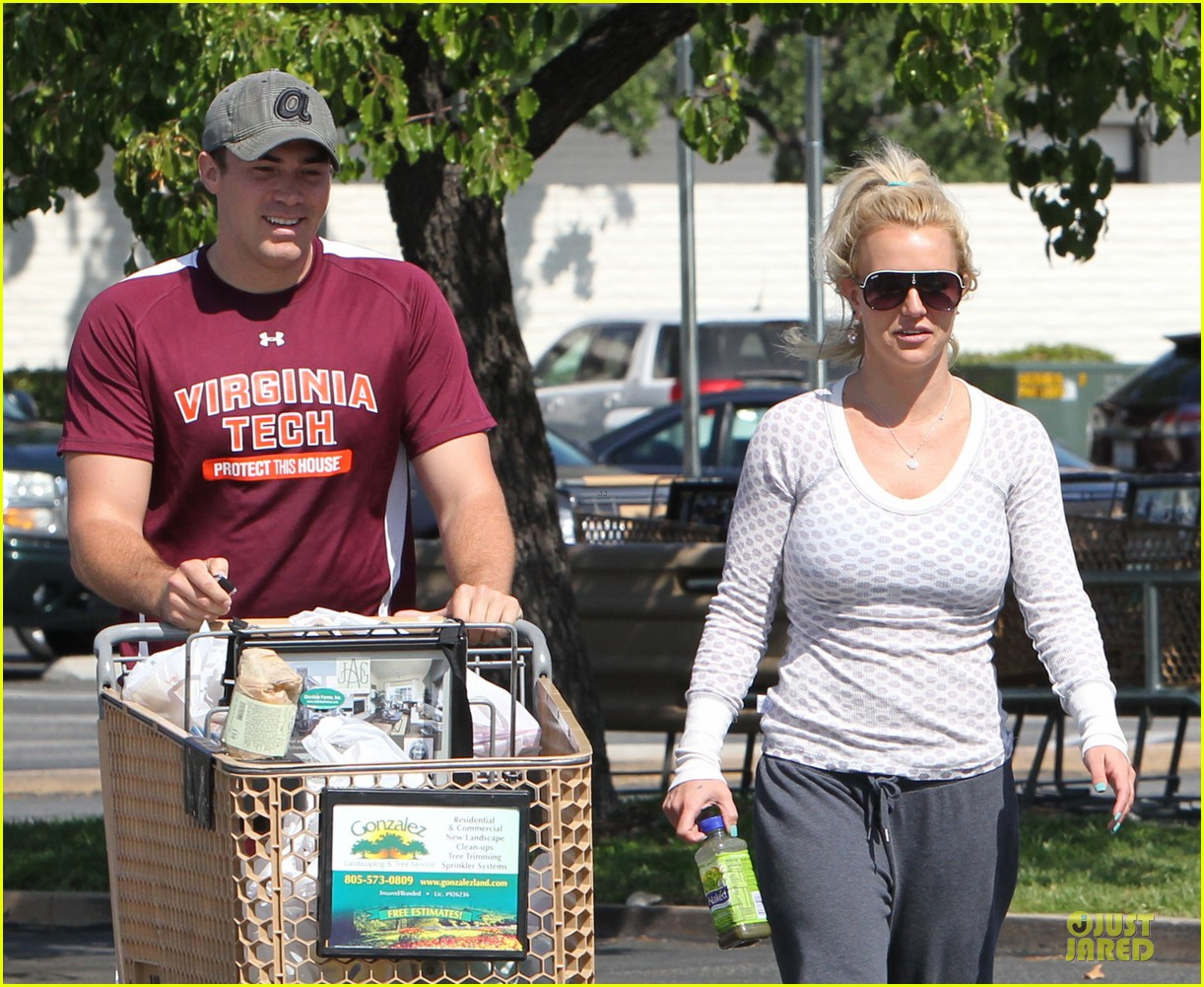 britney spears vons grocery shopping 122855922