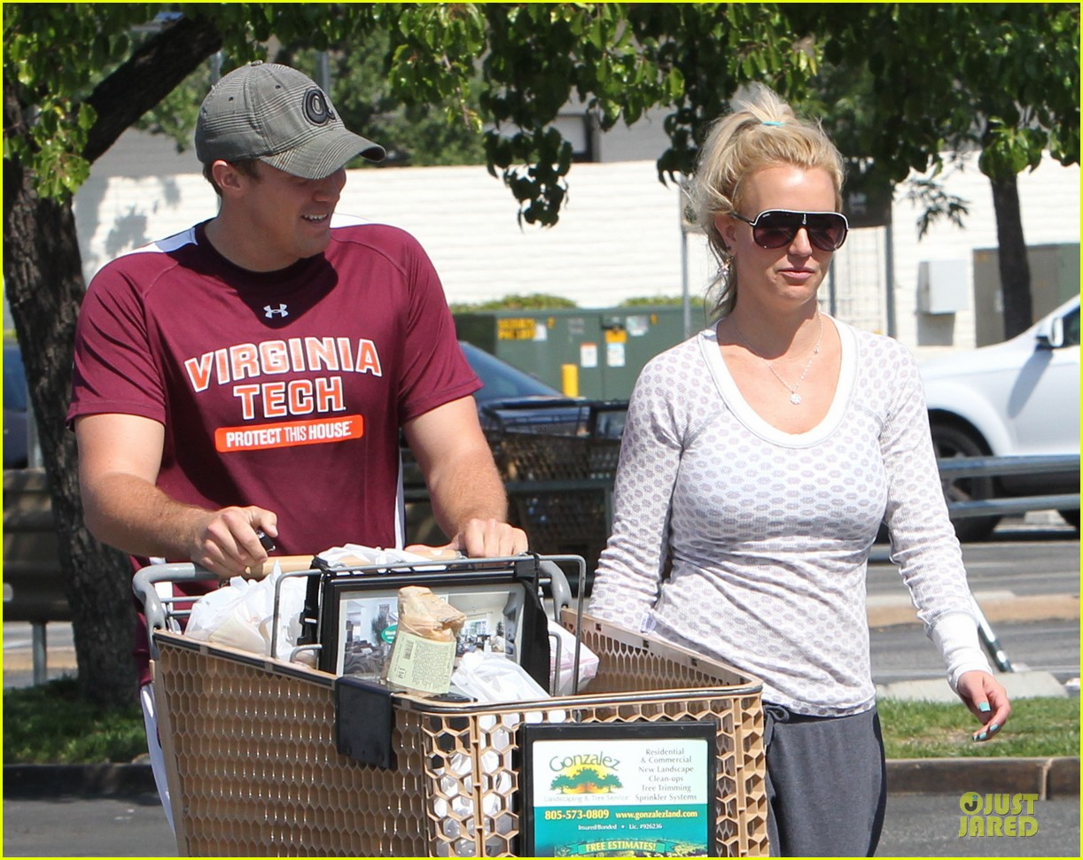 britney spears vons grocery shopping 142855924
