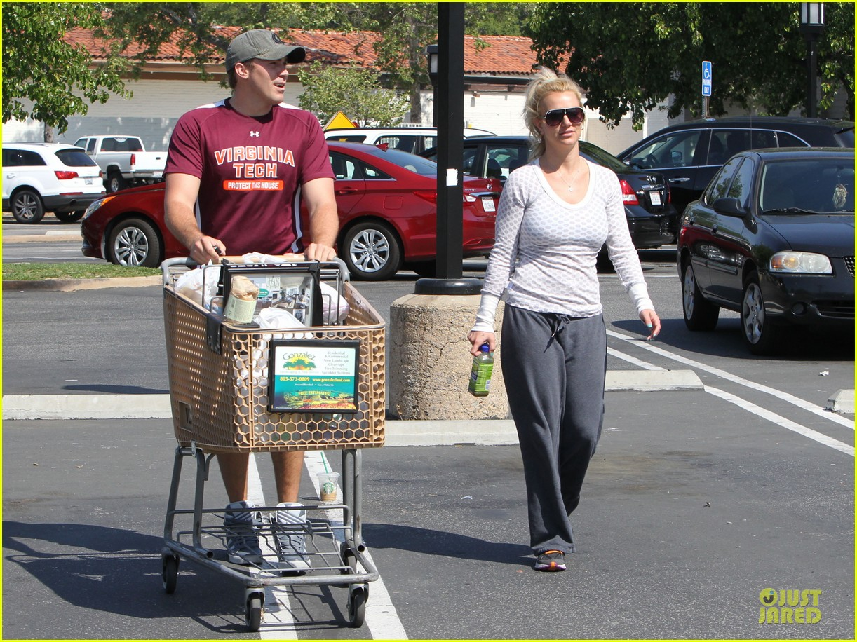 britney spears vons grocery shopping 19