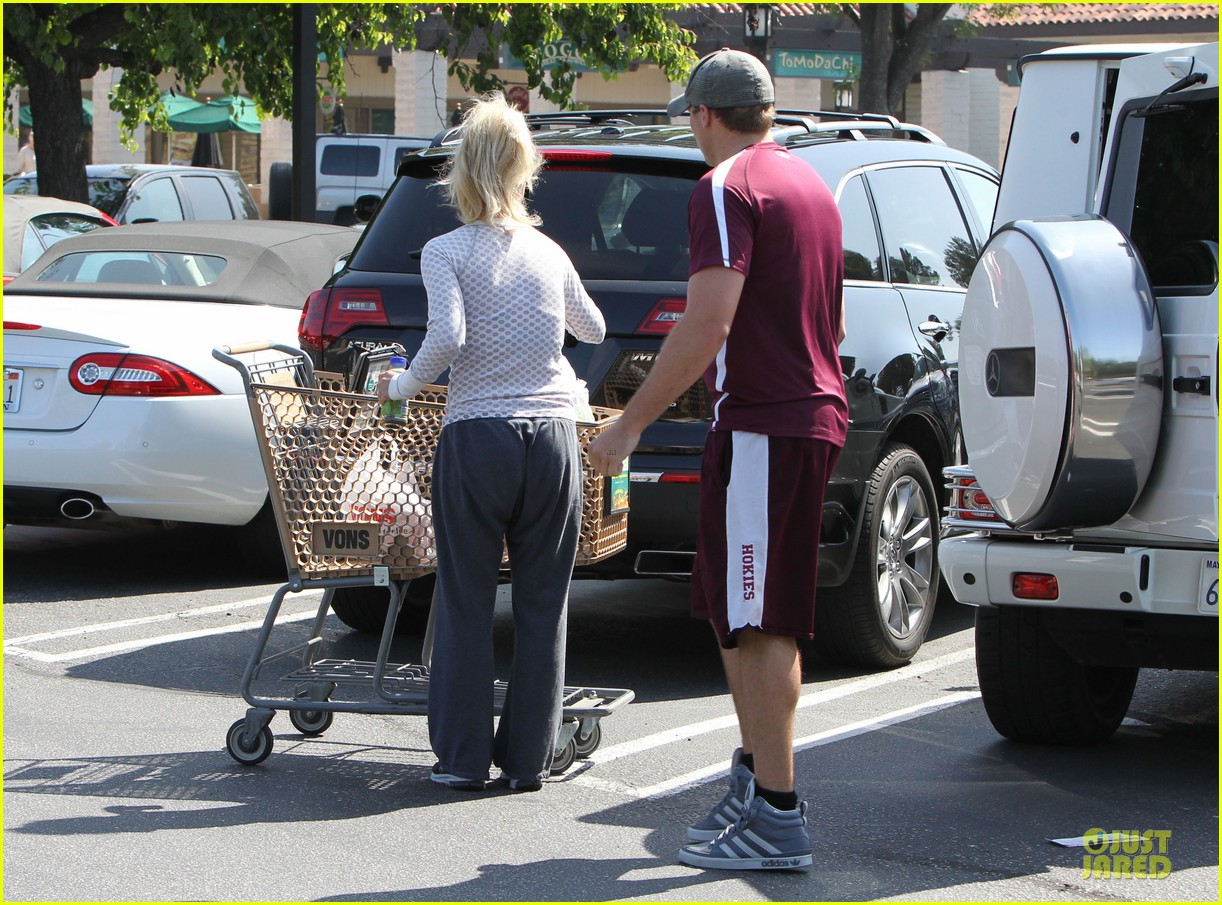 britney spears vons grocery shopping 22