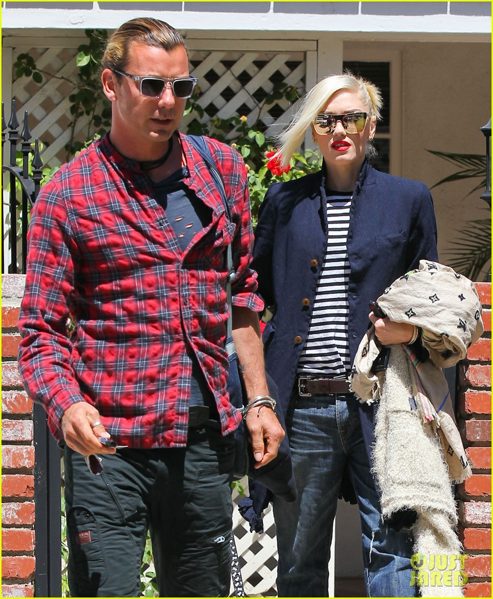 gwen stefani denim day with kingston zuma 162856440