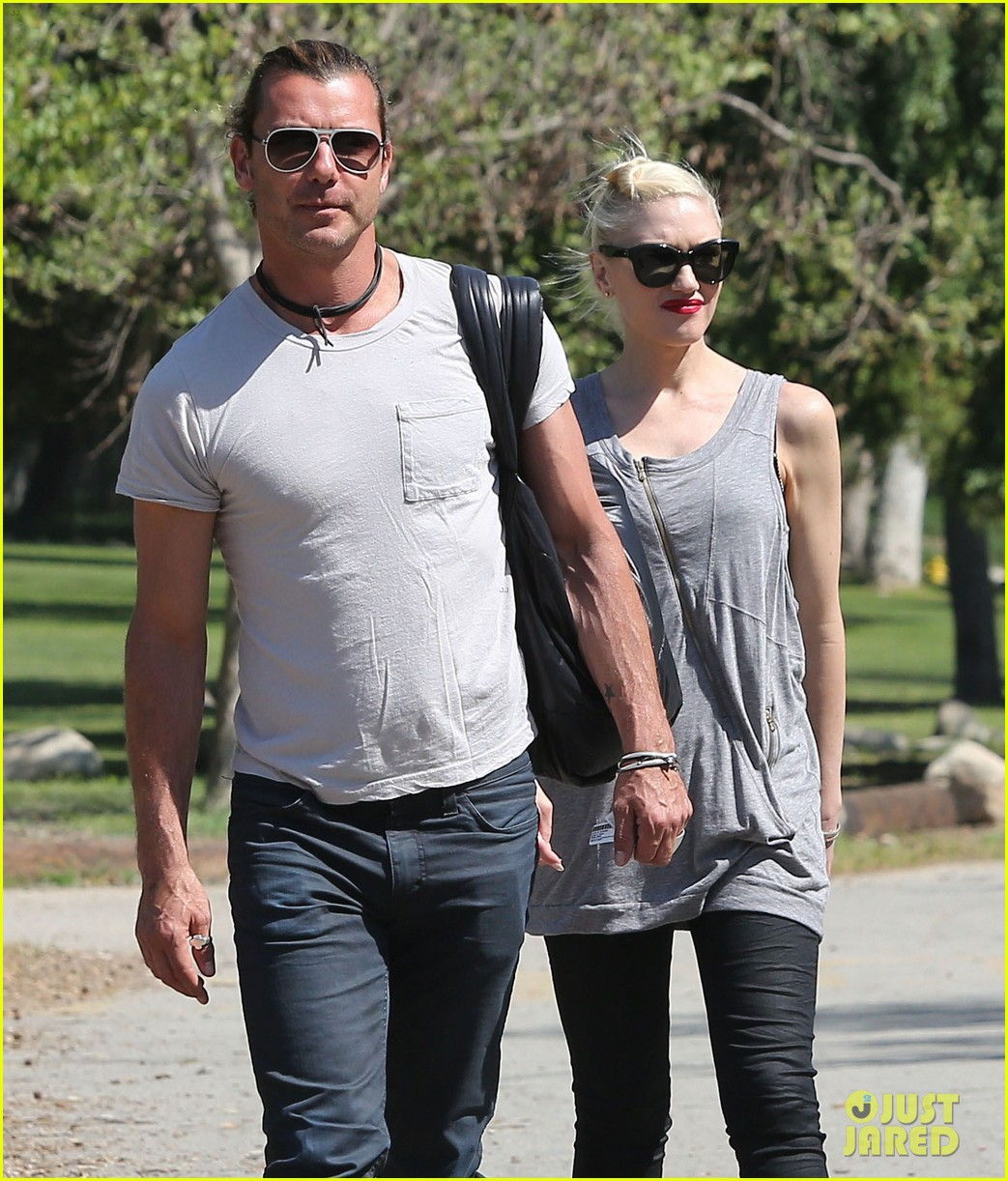 gwen stefani gavin rossdale family day at the park 042843636