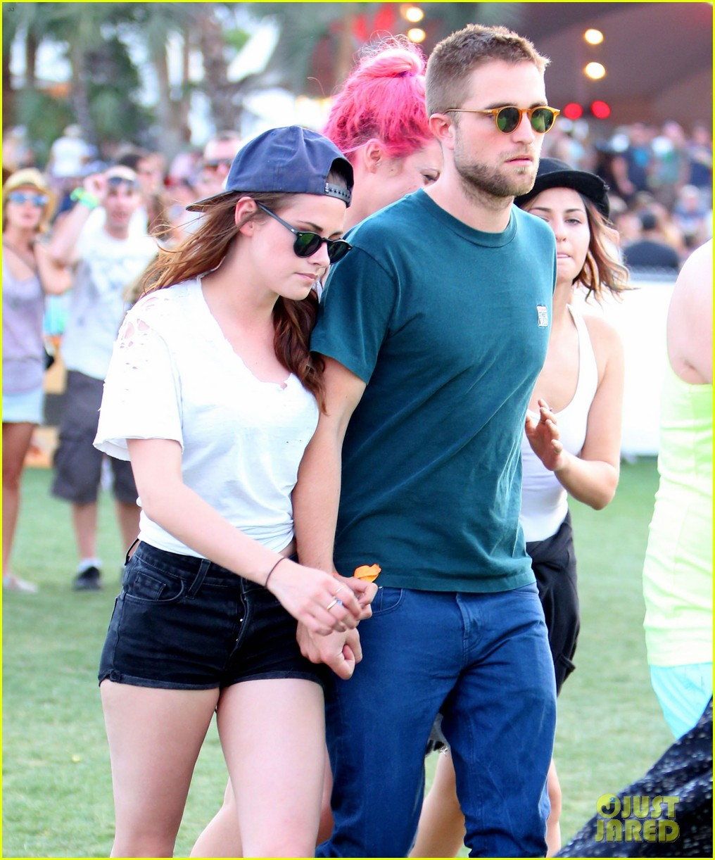is kristen stewart dating robert pattinson 2013 And after the past few months have seen reunion rumours swirl, kristen stewart, 27, and robert pattinson, 32, were spotted together on saturday night at the chateau marmont.