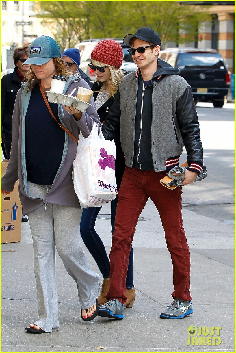 emma stone andrew garfield bubbys coffee couple 082855803
