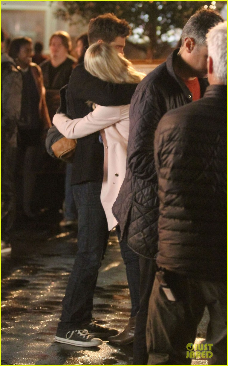 emma stone andrew garfield night scenes on amazing spiderman 2 set 152851762