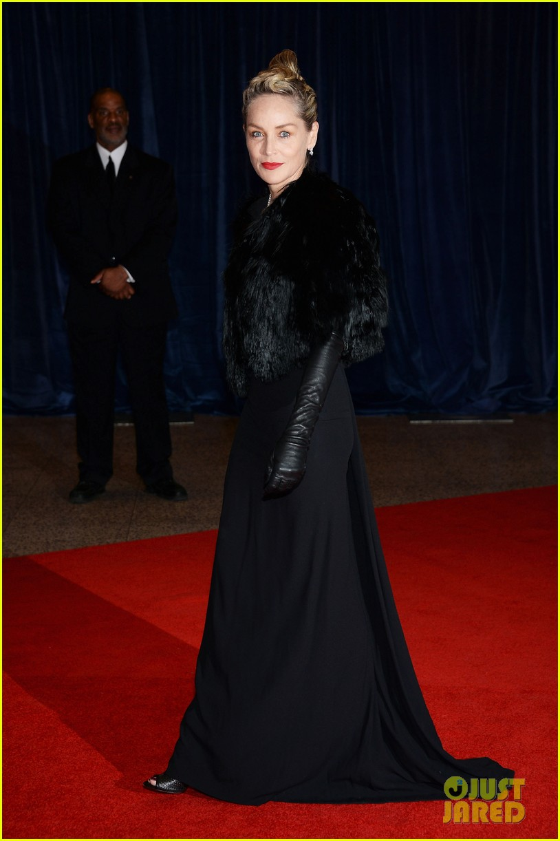 sharon stone white house correspondents dinner 2013 01