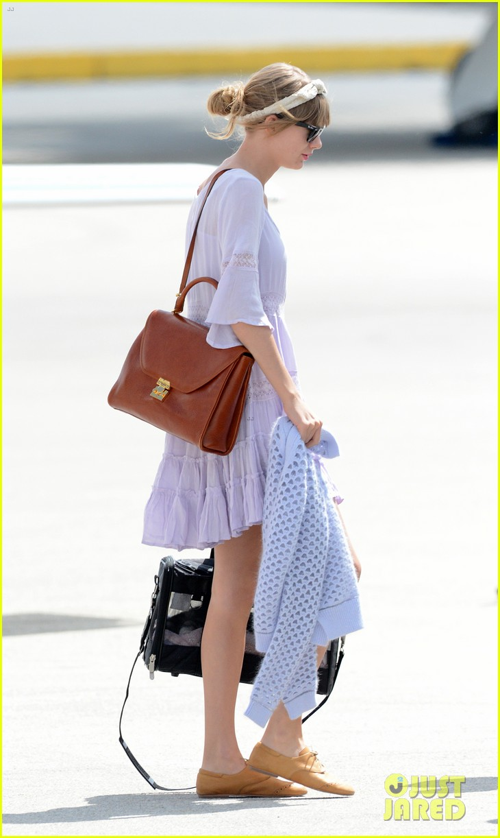 taylor swift miami arrival for red tour 062847124